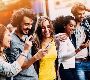 Cómo crear y potenciar tu red de contactos para encontrar empleo