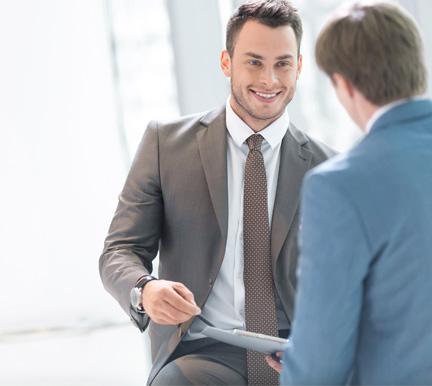 20a6d832c Cómo vestir en una entrevista de trabajo (hombres)