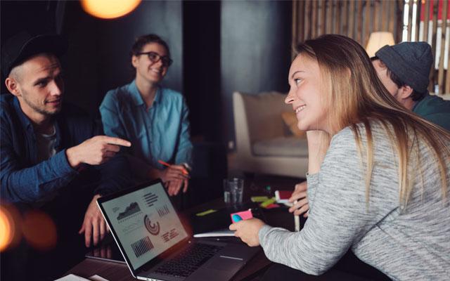 Conoce personas y aumenta tu red de contactos profesionales
