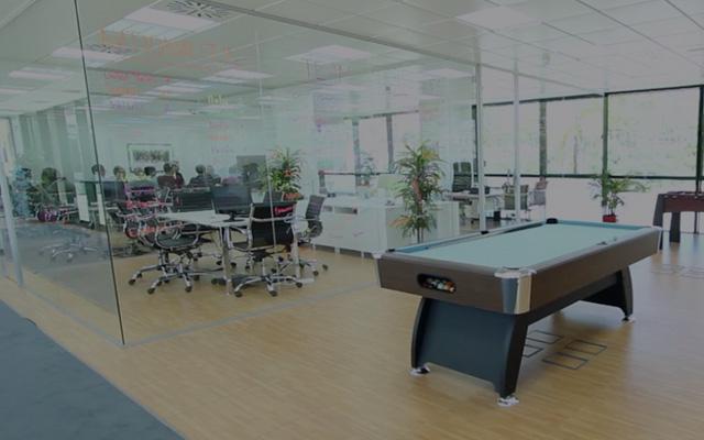 Python Web Developer sector empleo telecomunicaciones